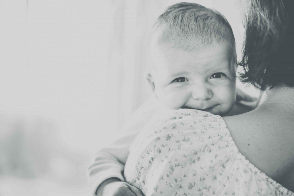 sesja-rodzinna-dzieck-newborn-wroclaw-okonasznurku (13)