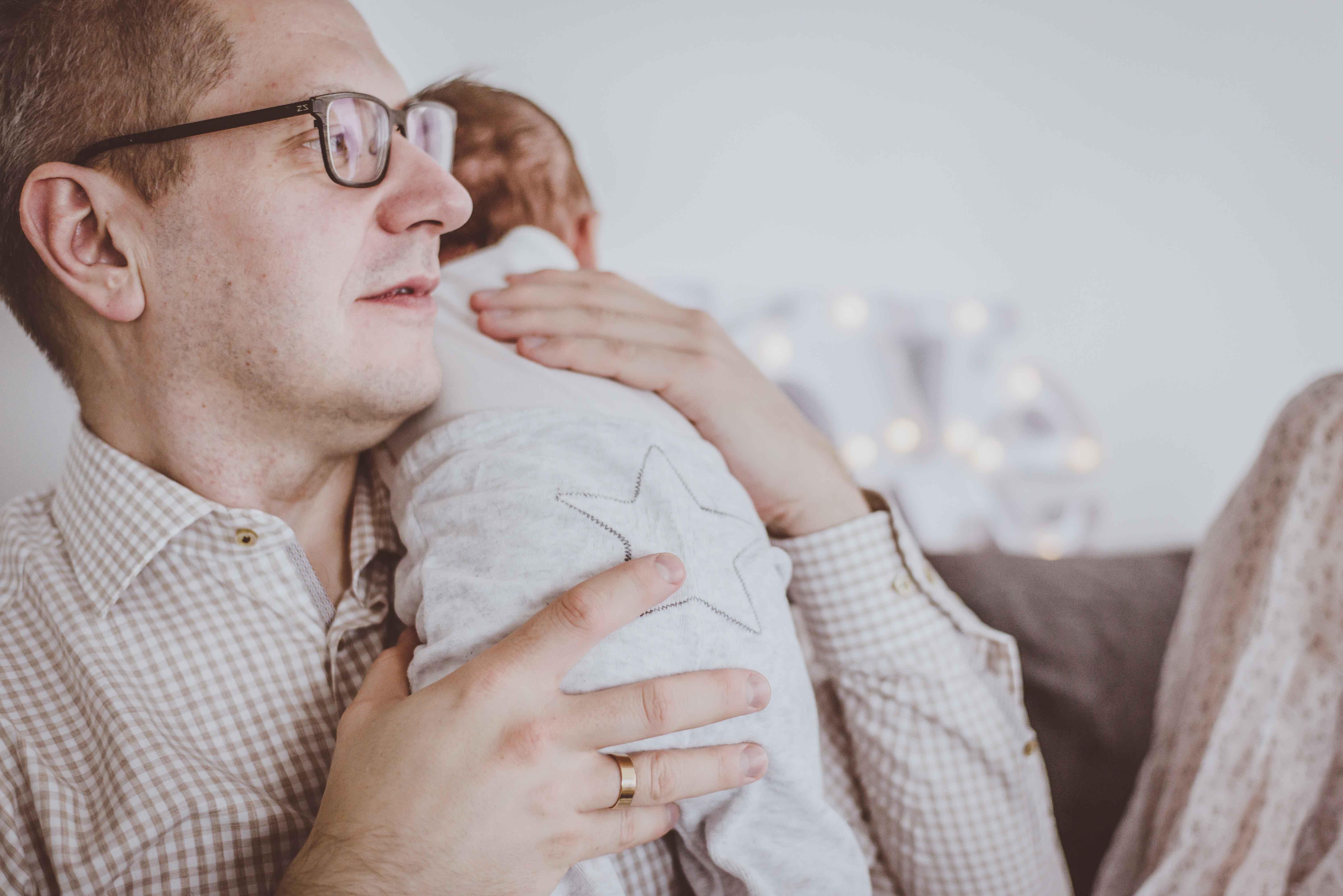 sesja-rodzinna-dzieck-newborn-wroclaw-okonasznurku (22)
