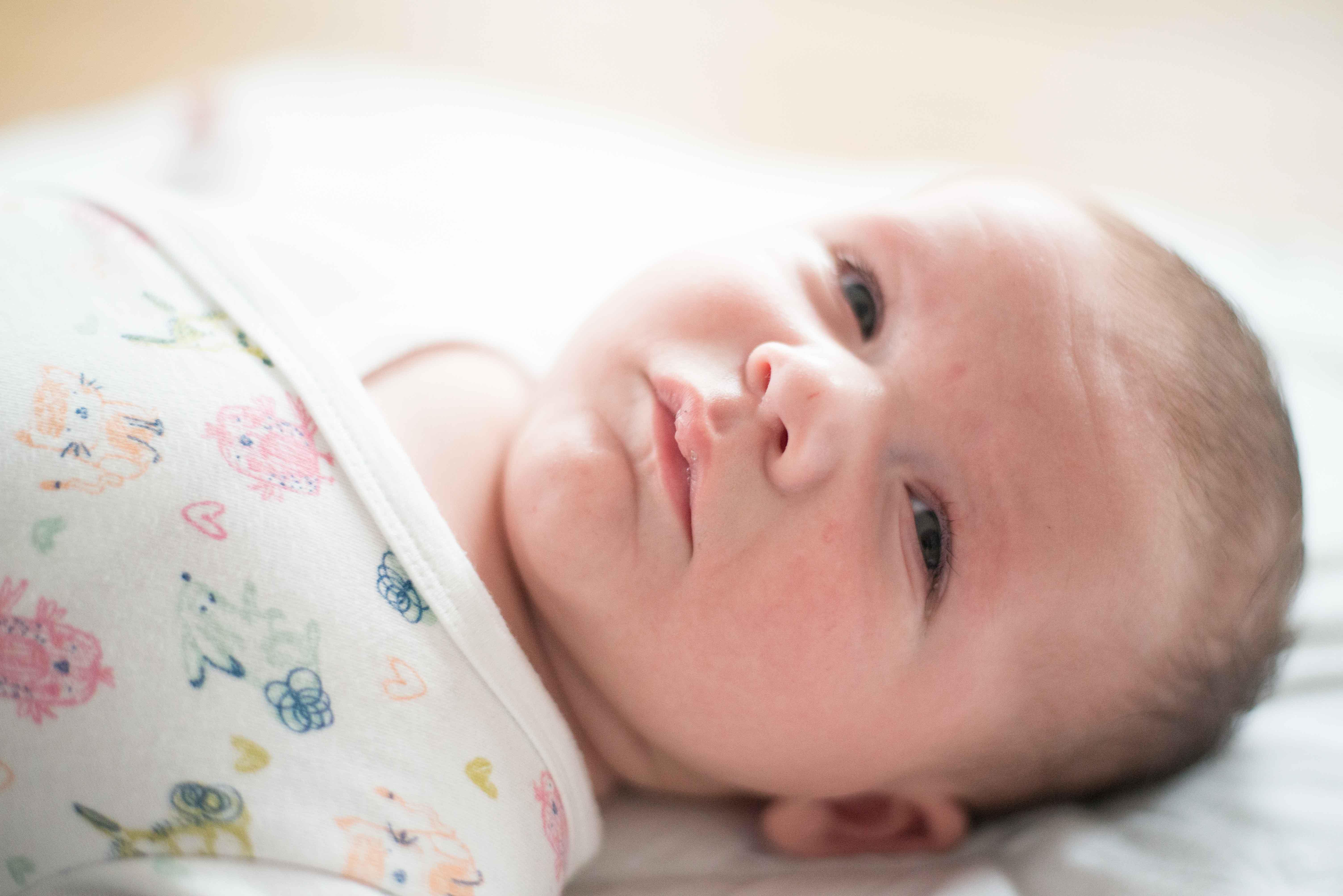 sesja-rodzinna-dzieck-newborn-wroclaw-okonasznurku (25)