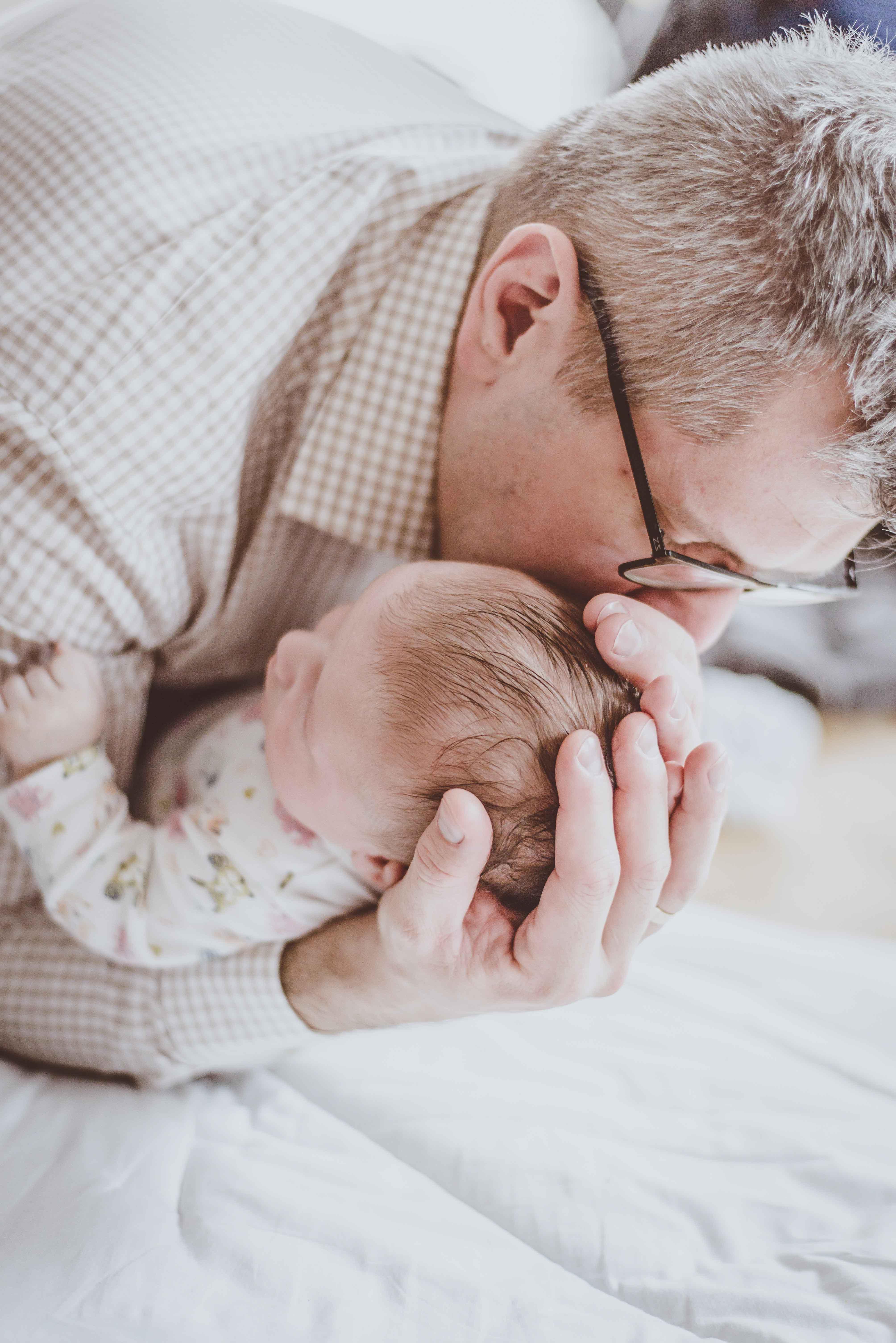 sesja-rodzinna-dzieck-newborn-wroclaw-okonasznurku (27)