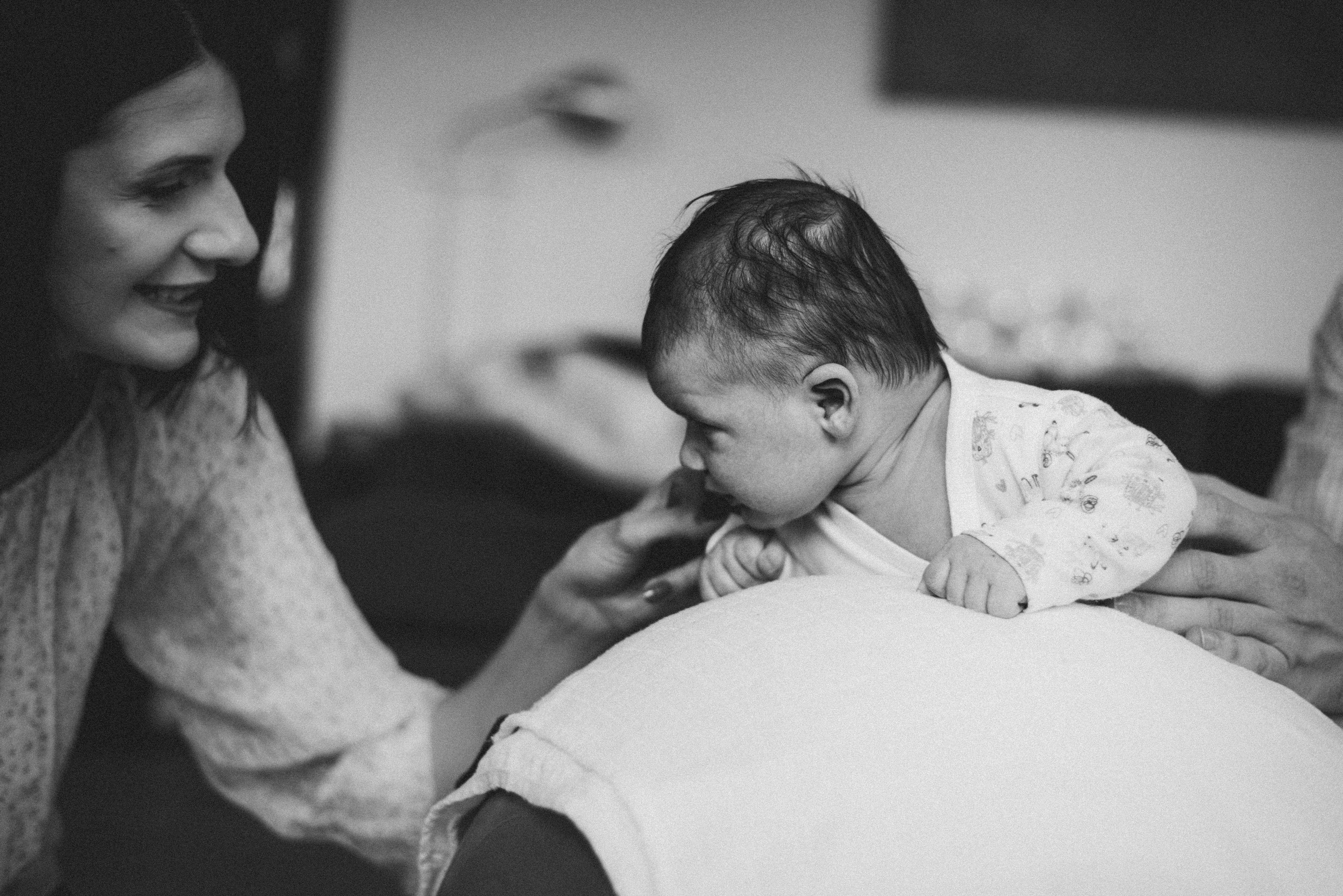 sesja-rodzinna-dzieck-newborn-wroclaw-okonasznurku (30)