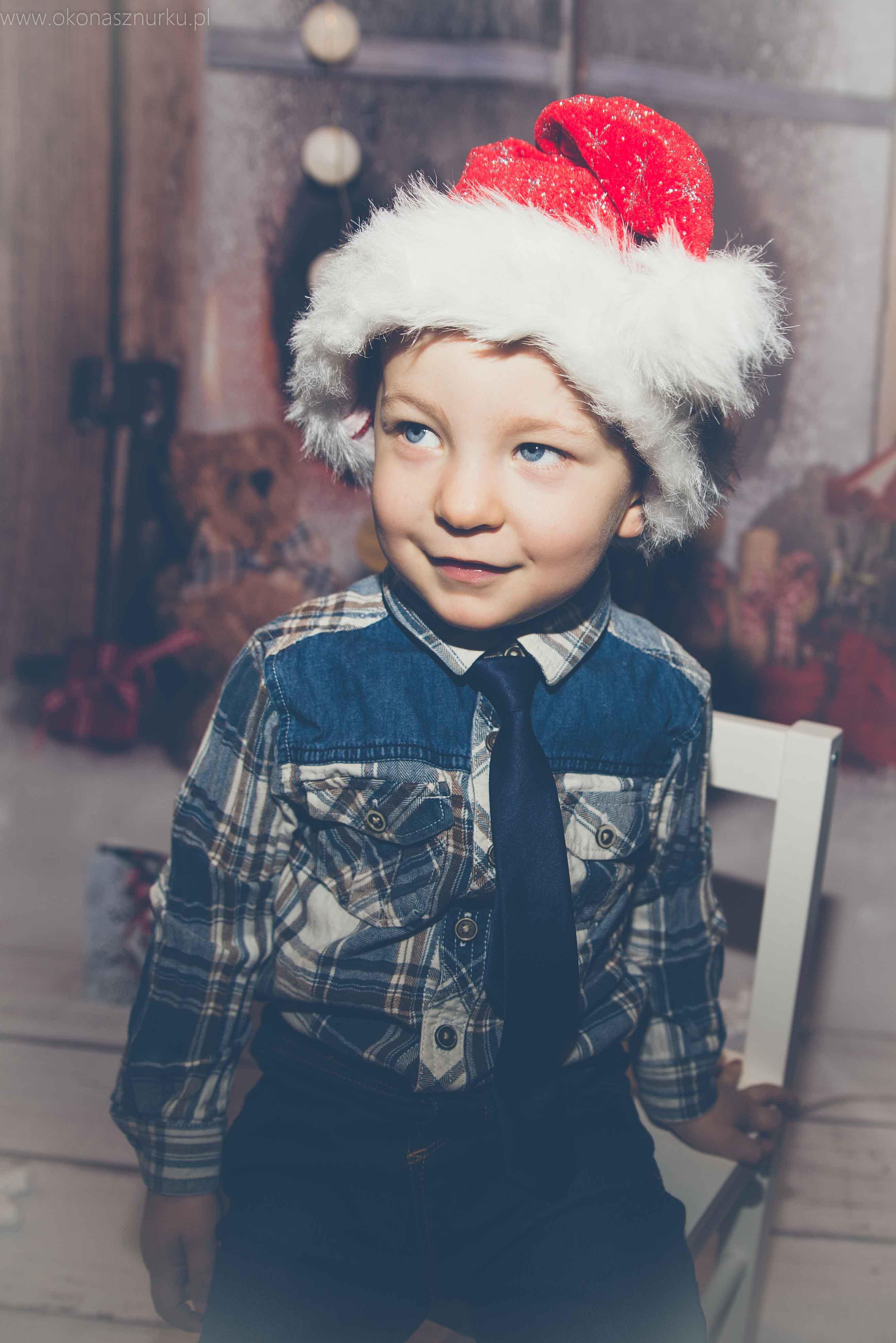 sesja świąteczna fotograficzna dziecka rodziny (11)