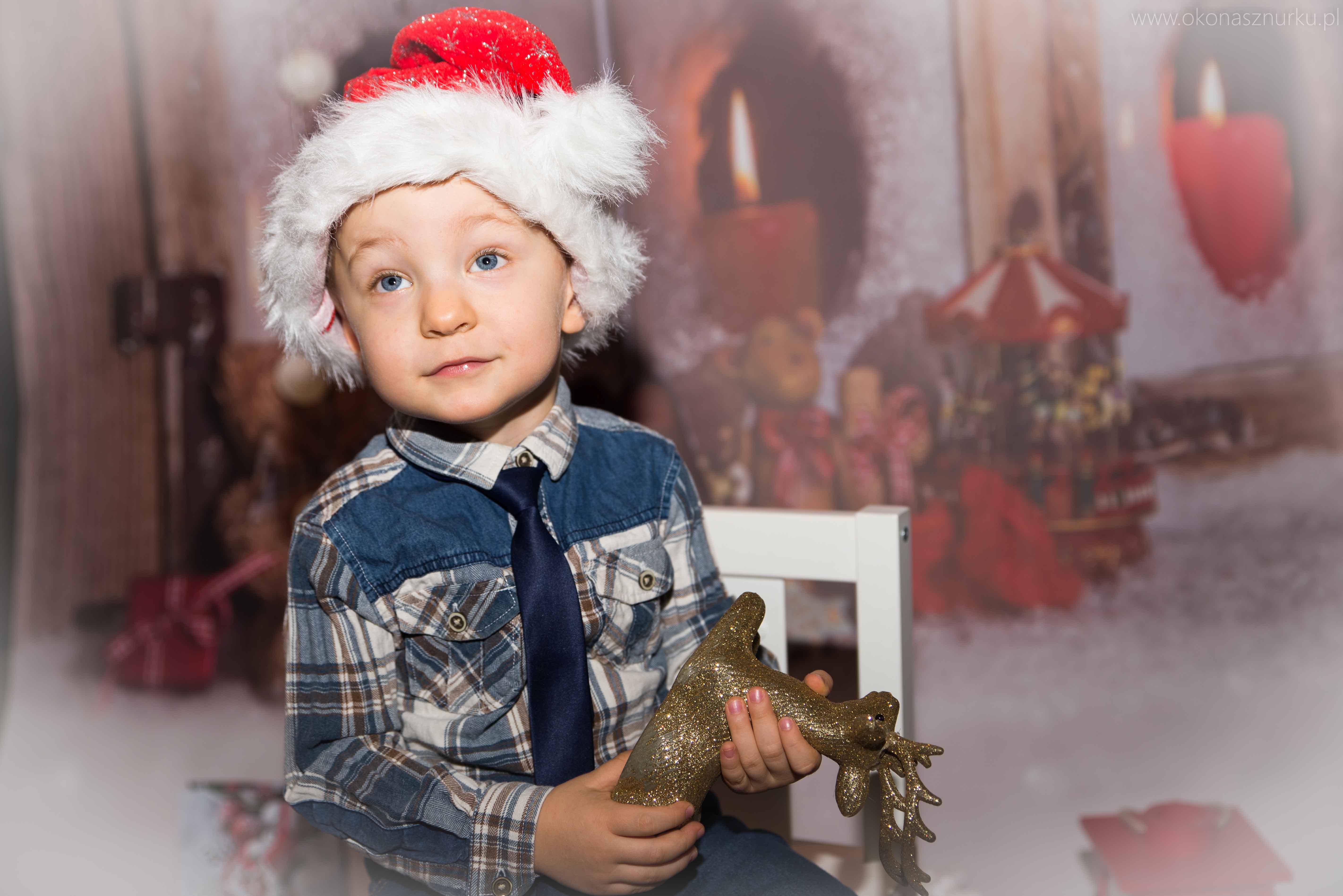 sesja świąteczna fotograficzna dziecka rodziny (4)