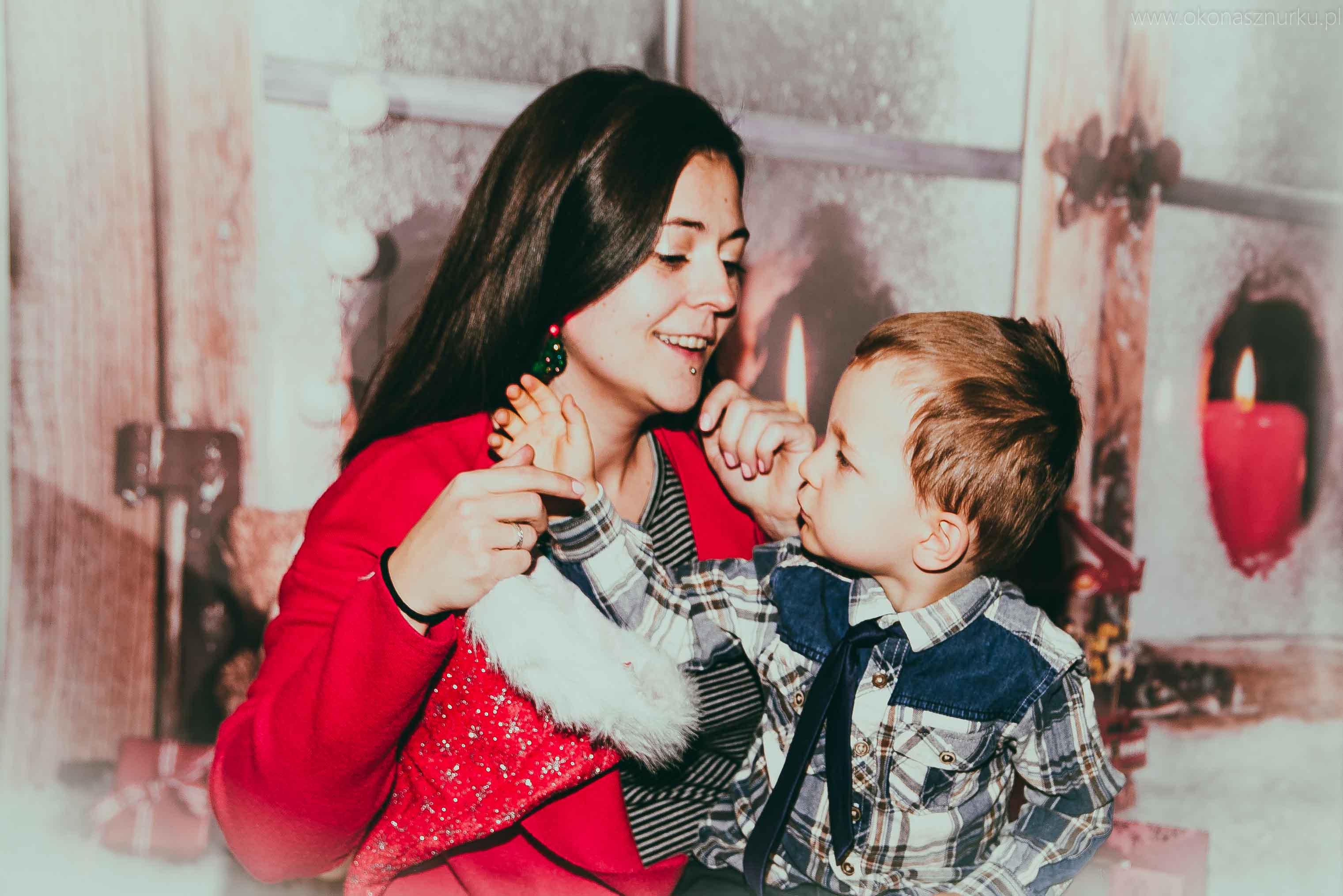 sesja świąteczna fotograficzna dziecka rodziny (5)