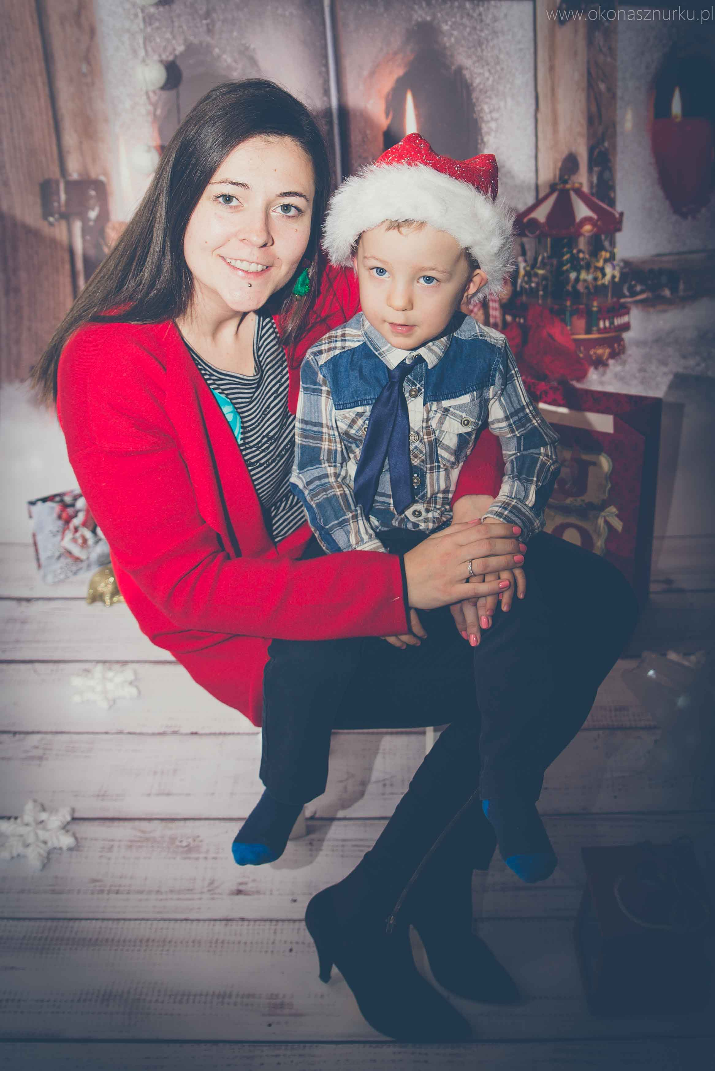 sesja świąteczna fotograficzna dziecka rodziny (6)