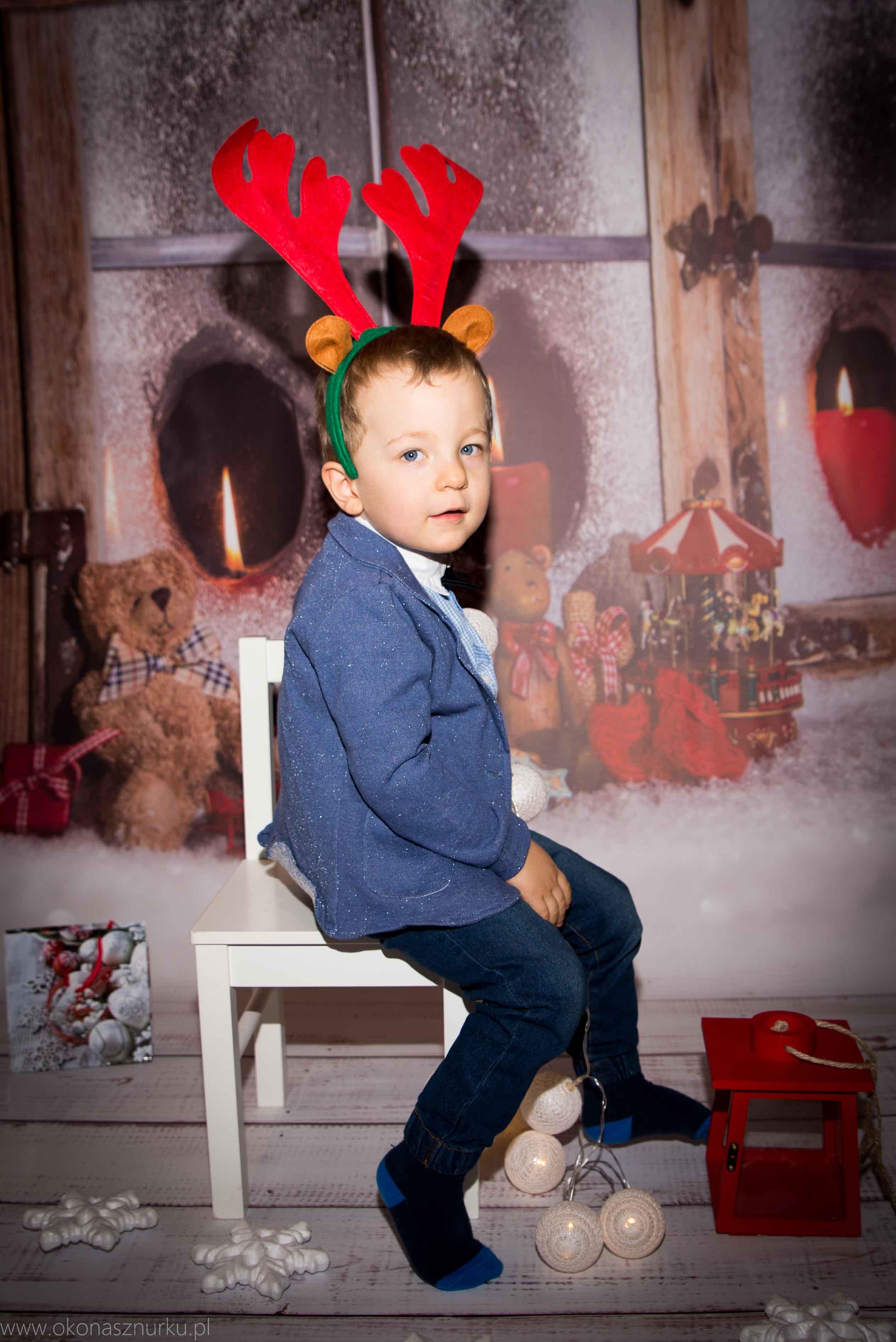 sesja świąteczna fotograficzna dziecka rodziny (9)