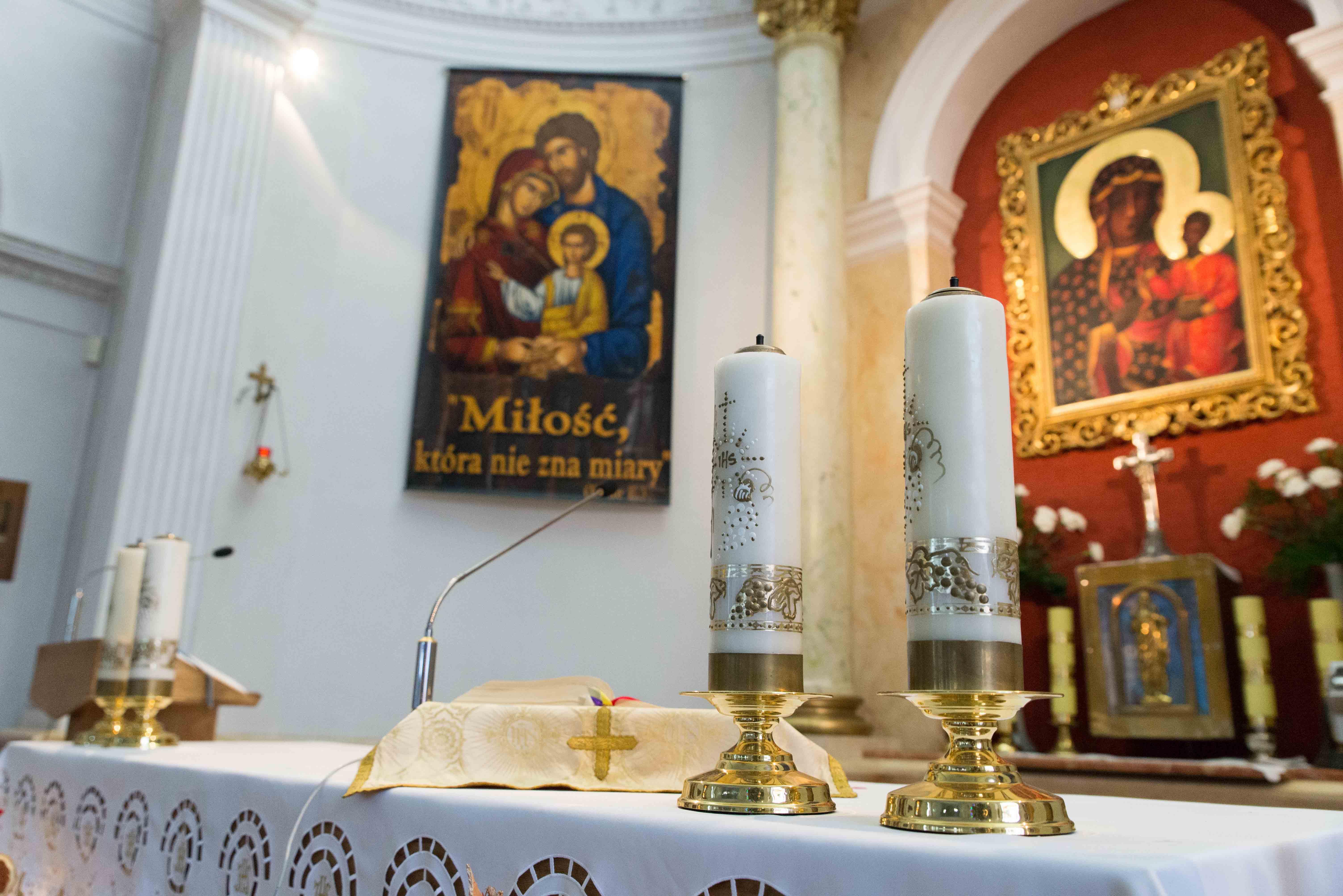 Kosciol Najswietszej Maryi Panny Czestochowskiej we Wroclawiu male (17)