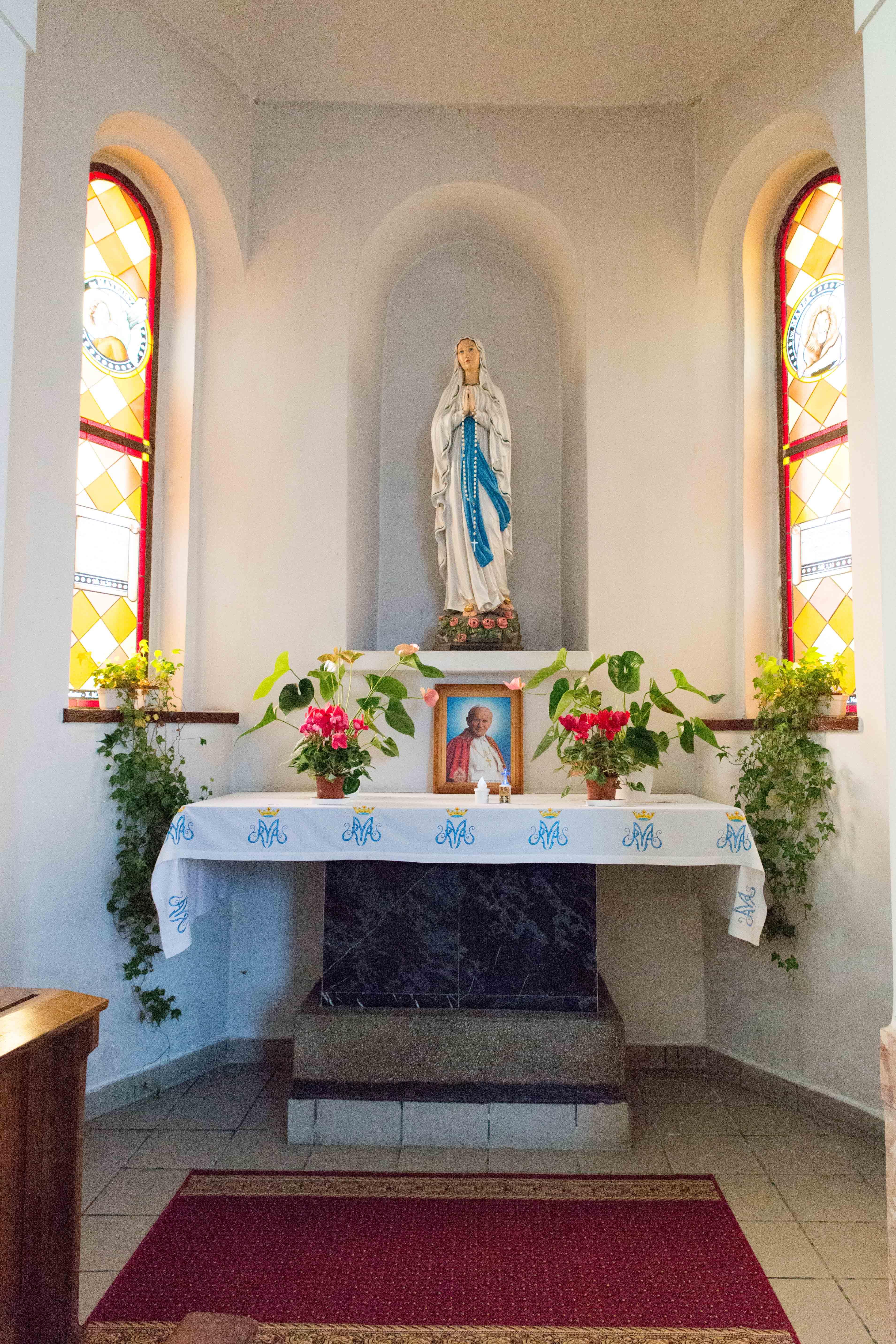 Kosciol Najswietszej Maryi Panny Czestochowskiej we Wroclawiu male (19)