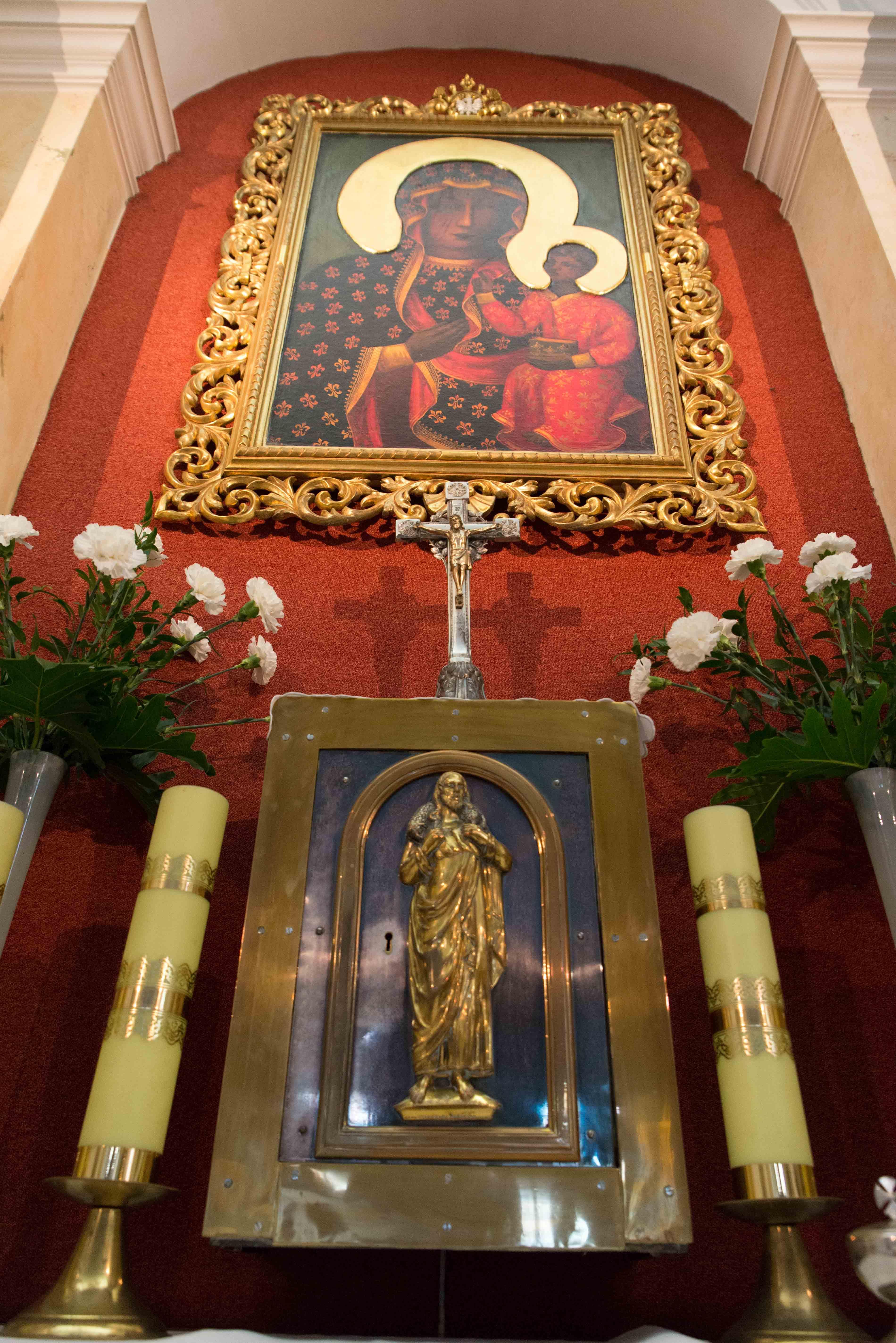 Kosciol Najswietszej Maryi Panny Czestochowskiej we Wroclawiu male (22)