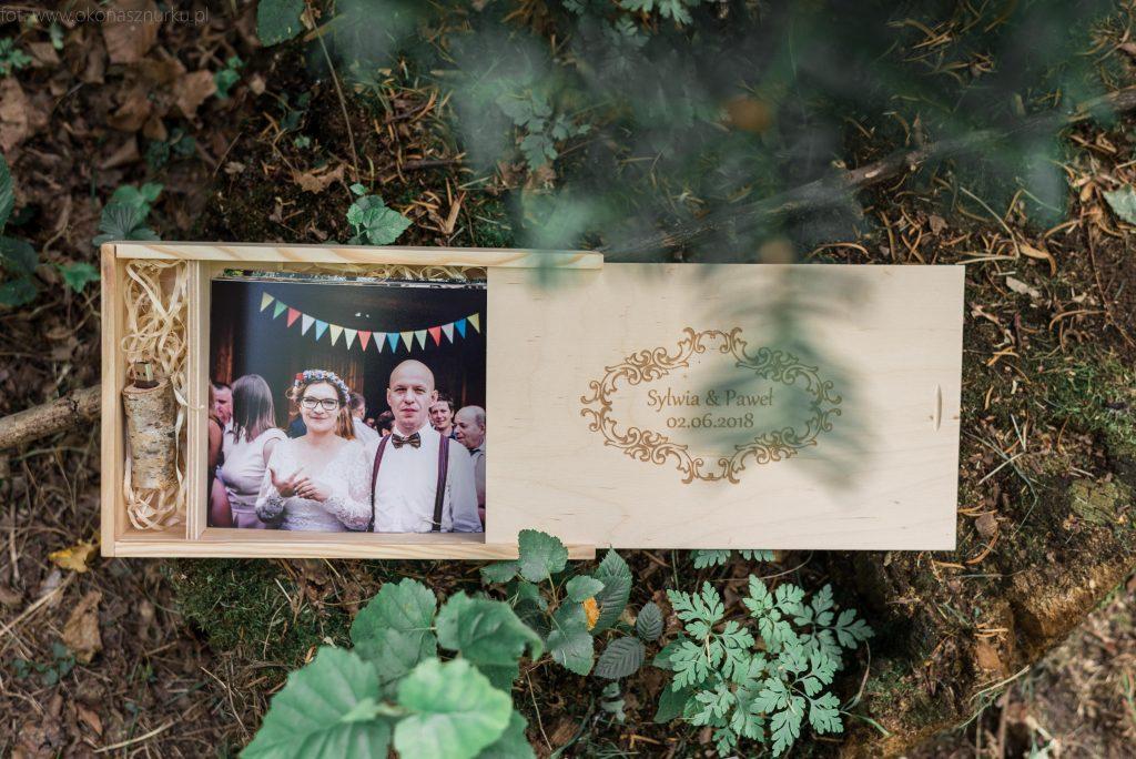 drewniane-pudelko-zdjecia-slubne-pendrive-patyk-las-wood-forest (3)